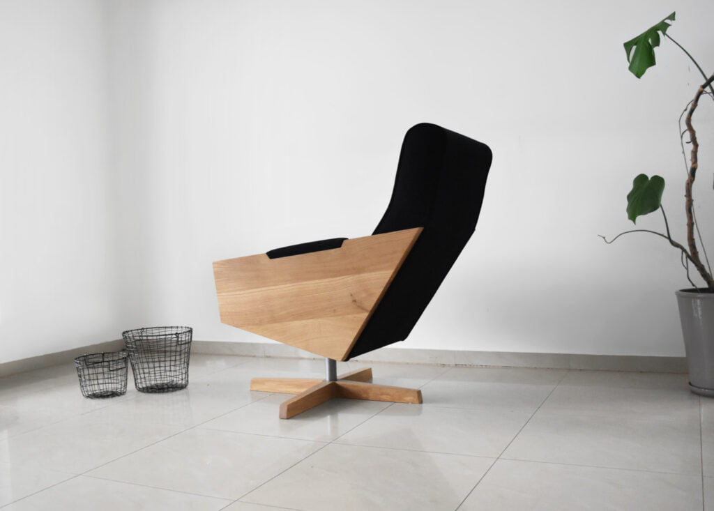 designerski drewniany fotel Eni polski design