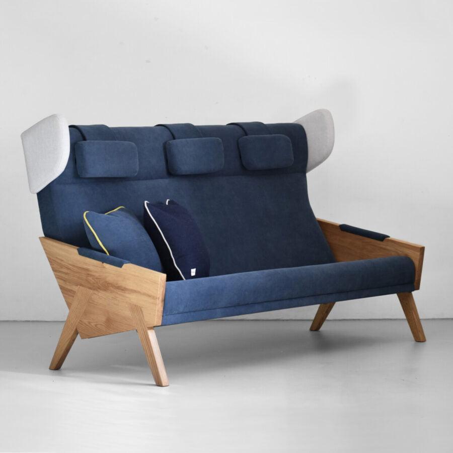 drewniana sofa trzyosobowa LIU w skandynawskim stylu, oryginalna granatowa sofa do salonu